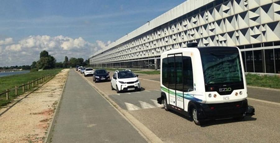 В Дубае тестируют беспилотный автобус