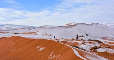 В пустыне Сахара второй год подряд выпал снег