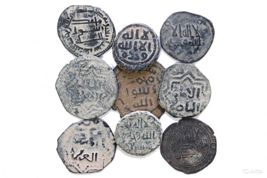История появления первых мусульманских монет