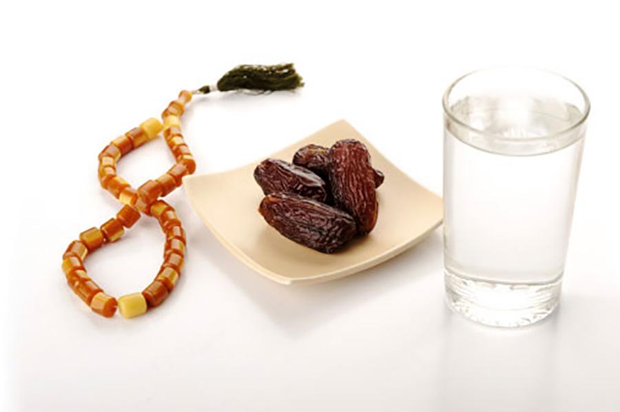 10 правил приема пищи и питья, согласно сунне Пророка